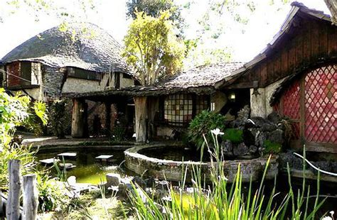 Cottages For Rent In Los Angeles by Rent This Hobbit House To Live In Middle Earth Luxury Cnet