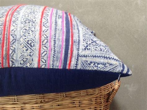 coussins ethniques des coussins ethniques en tissu hmong joli place