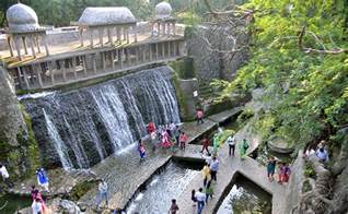 Rock Garden Chandigarh Mosaic Sculptures To Handcrafted Waterfalls Chandigarh S Rock Garden Creator Nek Chand Passes