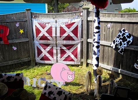 barn theme decorations farm barnyard birthday ideas