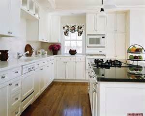Pictures of White Shaker Cabinets