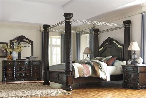 canopy bedroom furniture sets laddenfield poster canopy bedroom set b717 50 51 62 72 99 ashley