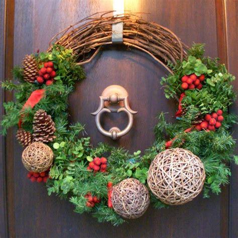 10 diy christmas wreaths hgtv grapevine and evergreen holiday wreath hgtv