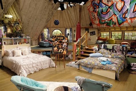 And Friends Bedroom by Shelby Cyd S Bedroom Best Friends Whenever Wiki Fandom Powered By Wikia