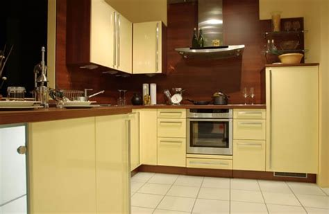 yellow kitchens with cabinets blue kitchen cabinets yellow walls quicua