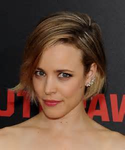 Rachel mcadams had a short haircut with a rough and wavy look pictures