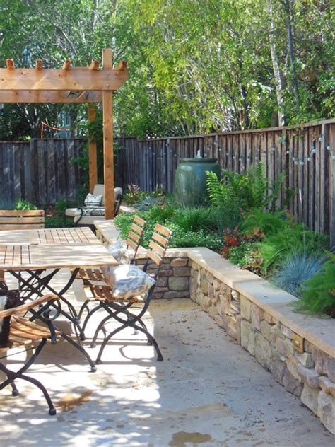 Patio Designs For Small Spaces Patio Designs For Small Spaces Wooden Decks For Front Yards Front Yard Decks And Patios