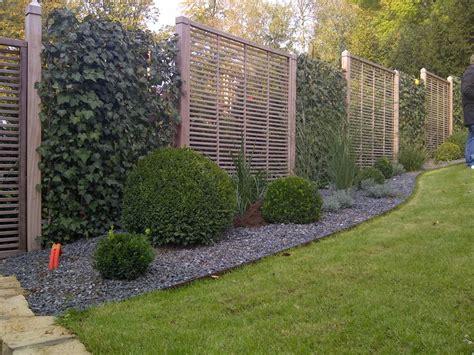 Moderner Sichtschutz Im Garten