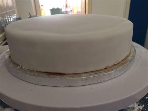 kuchen unter fondant biskuit kuchen unter fondant beliebte rezepte f 252 r kuchen