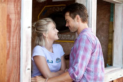 julianne hough hairstyle in safe haven safe haven trailer and images featuring julianne hough and