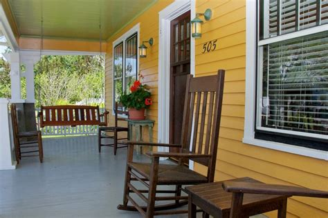What Is My Decorating Style Picture Quiz front porch of croatan cottage hooked on houses