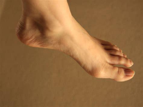dolore al malleolo interno dolore ai piedi un malessere trascurato stetoscopio