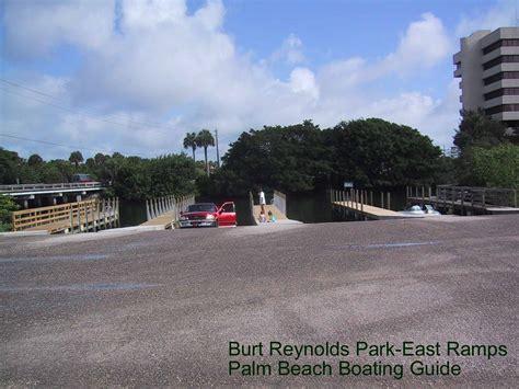 boats entering jupiter inlet burt reynolds park east side boat rs in jupiter