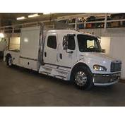 USED 2005 FREIGHTLINER M2 SINGLE AXLE DAYCAB FOR SALE