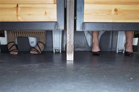 feet under bathroom stall bathroom stall feet www pixshark com images galleries