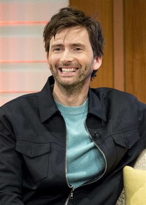 david tennant voice over video david tennant explains einstein s theory of general