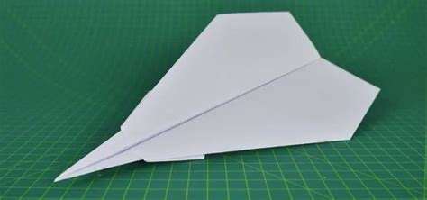 how to fold a flyable paper plane 171 origami wonderhowto