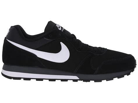 Nike Md Runner Kombinasi nike md runner 2 in black for lyst
