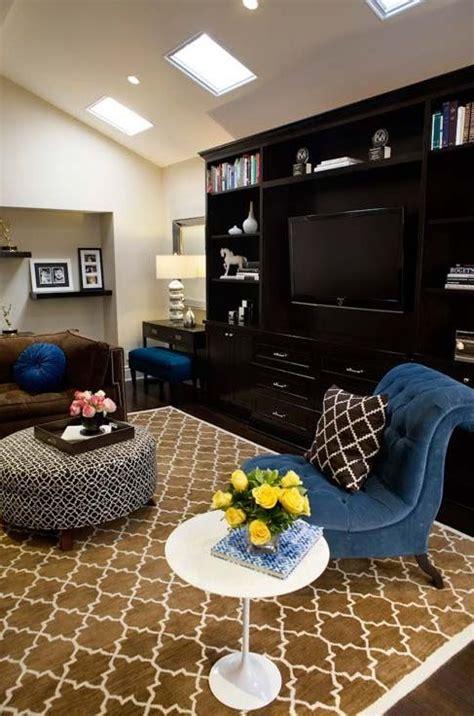 pottery barn moorish tile rug cobalt blue chocolate brown living room design with