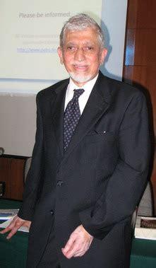 Islam Dan Pembangunan Ekonomi Umer Chapra reformasi pemahaman islam liputan islam