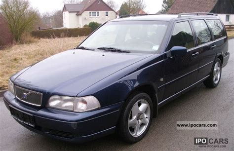 books about how cars work 1999 volvo v70 engine control 1999 volvo v70 2 5 car photo and specs