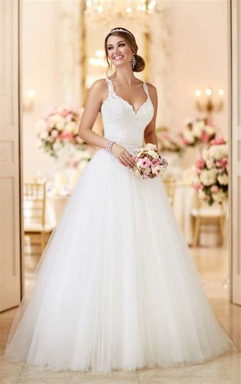 wedding dress images convertible wedding dress stella york wedding dresses