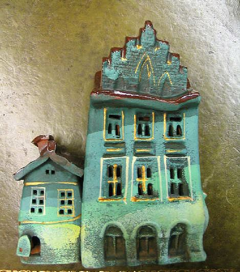 bytes crooked houses ceramic oil burners