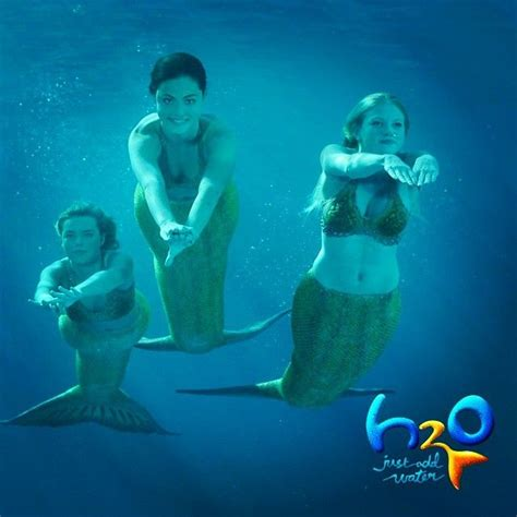 mermaids rikki cleo i this h2o just add water rikki and cleo h2o just add