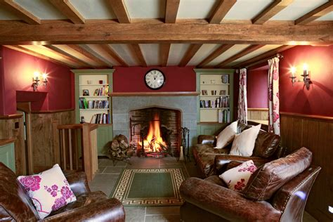 Cosy Cottage Living Rooms by How To Achieve A Cosy Cottage Feel In Your Home Interior