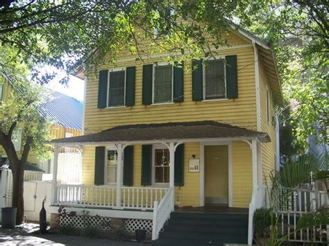 Palm Cottage by Flagler S Royal Palm Cottages In Downtown Miami