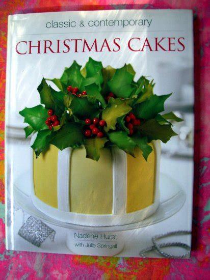 classic contemporary christmas cakes holiday cake