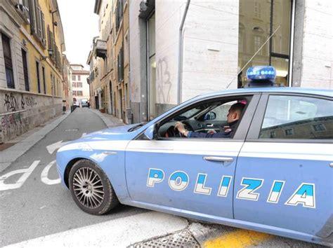 rinnovo permesso di soggiorno brescia ricercato per omicidio in pakistan scappa in italia e