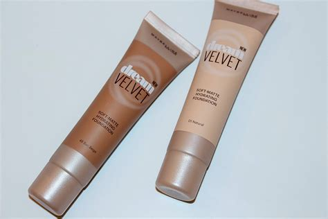 Maybelline Matte 12 maybelline velvet soft matte hydrating foundation review really ree