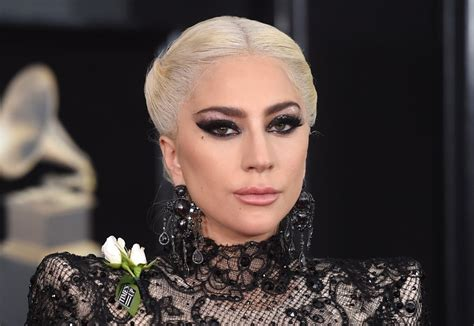 Gaga Hairstyles by Gaga Hair And Makeup Grammys 2018 Popsugar