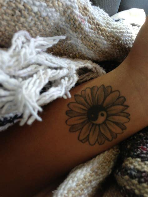 daisy tattoo tumblr ying yang flower