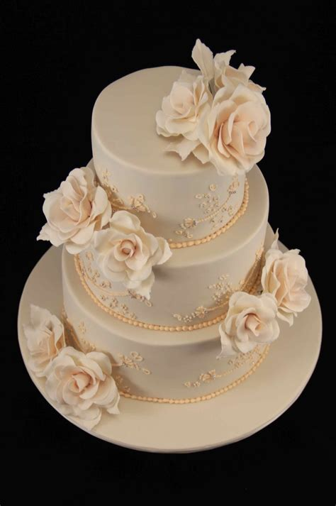 Wedding Cakes Roses bakerz wedding cake