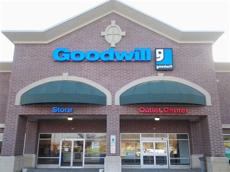 Goodwill Background Check Goodwill Store Outlet Center Donation Center 571 Hepburn Rd Avondale Pa 19311