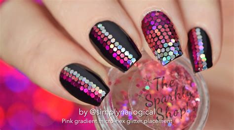 nail art tutorial how to create a glitter gradient using loose glitter placement nail art pink gradient youtube