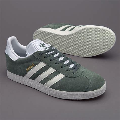 Sepatu Sneakers Adidas Originals sepatu sneakers adidas originals gazelle trace green