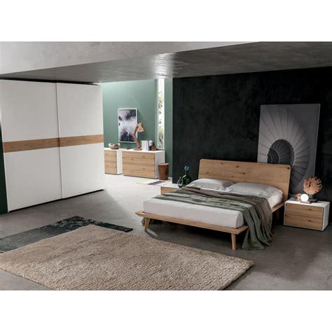 comodini letto letto in legno santa lucia modello talak con comodino
