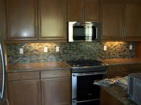 Examples Of Kitchen Backsplashes by Kitchen Glass Mosaic Backsplash Examples To Spruce Up