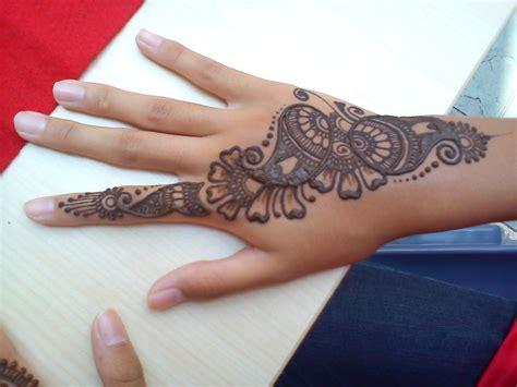 henna design for hari raya samarpan arts hari raya henna at elias cc