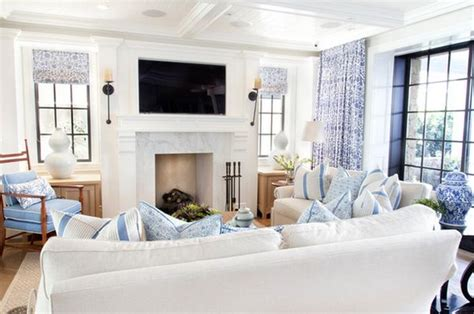blue and white home decor bring the beach into your home 10 tips for a breezy decor