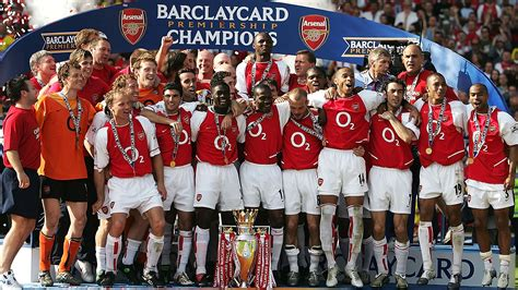 arsenal unbeaten squad arsenal invincibles documentary to be shown on sky sports