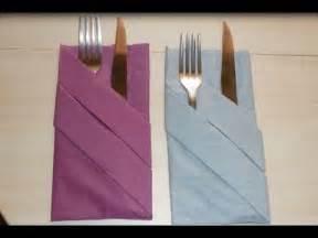 portes serviettes plier une serviette d 233 corer une table porte couverts