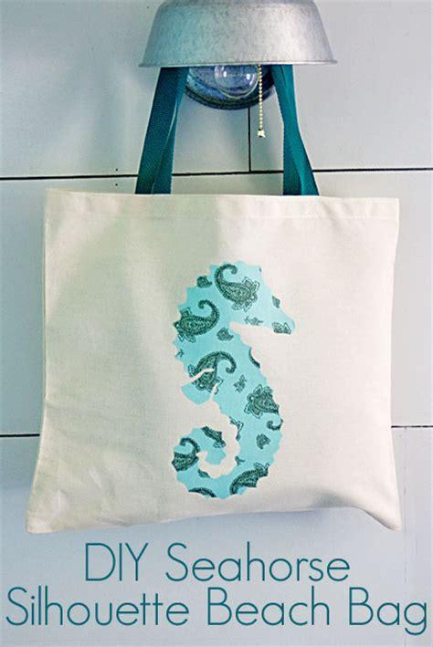 DIY Seahorse Silhouette Beach Bag   The Graphics Fairy