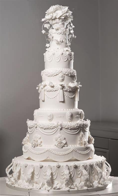 giant wedding cakes first look miss havisham s giant victorian wedding cake