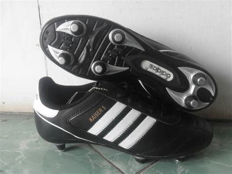 Sepatu Bola Pull 6 jual sepatu bola adidas kaiser 5 pull besi myshoes