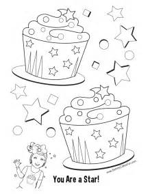 pictures cupcakes color free coloring pages art coloring pages
