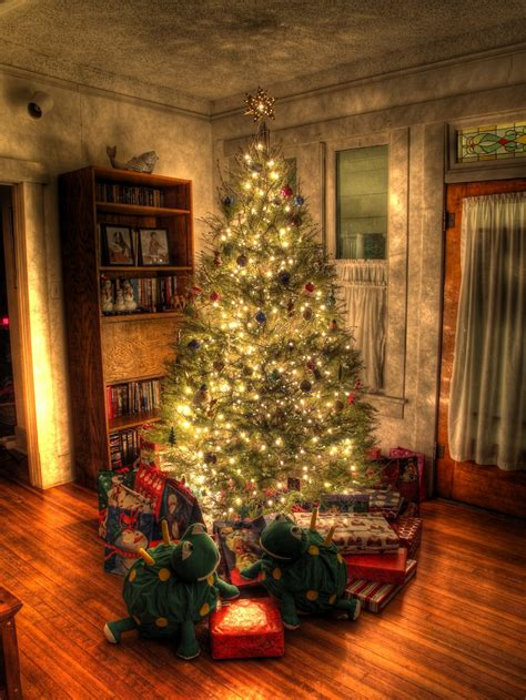 christmas decor images 25 top the christmas tree shop ideas picshunger